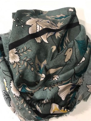 Three M - Scarve Green flower print