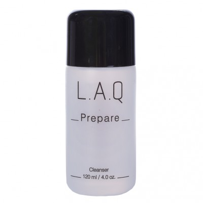 L.A.Q. Shield Prepare cleanser