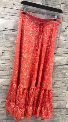 Black Colour - Maxi Skirt Coral Red